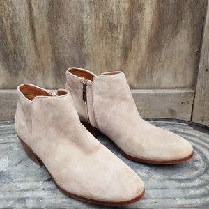   Sam Edelman   Chelsea Boots